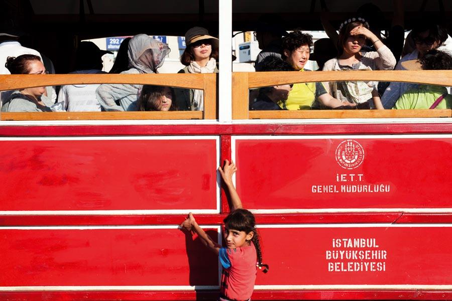 İstanbul: Benzemez Hiçbir Yer Beyoğlu'na - Sayı 257