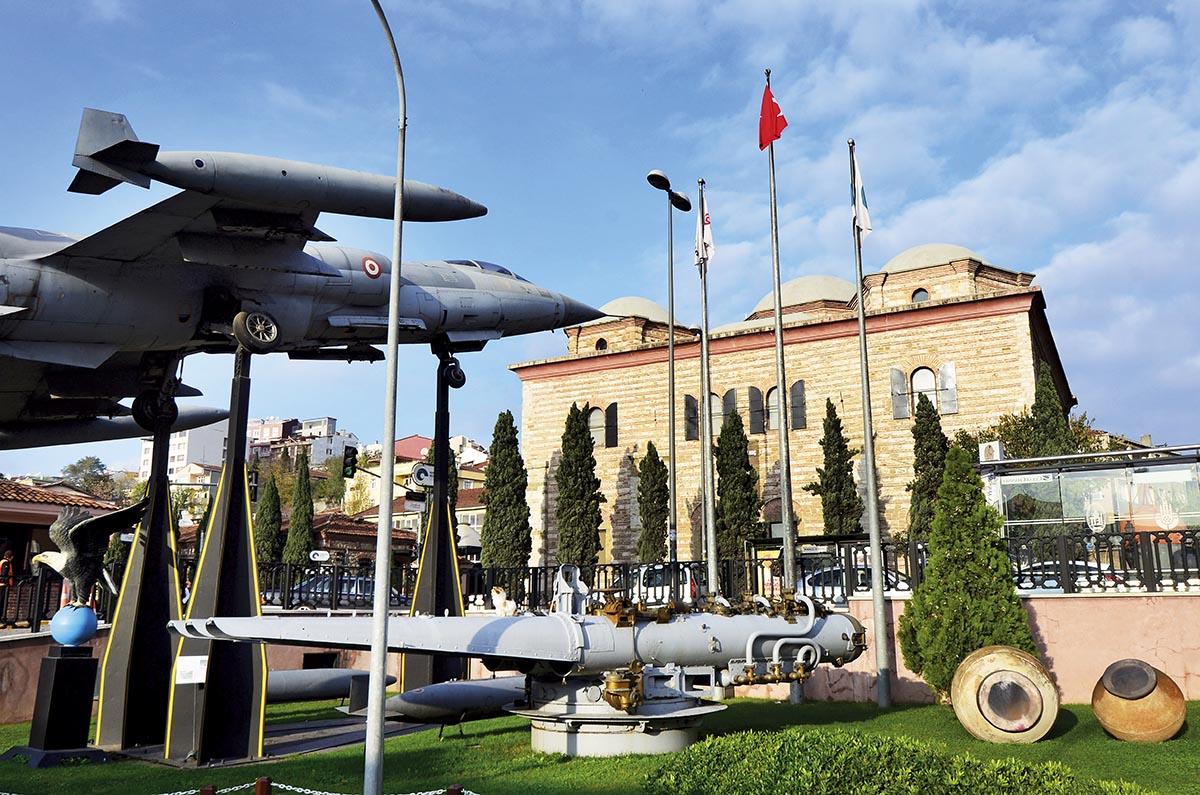 İstanbul Tarih Turu (27 km.)