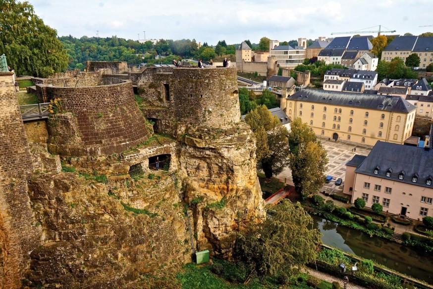 Lüksemburg: Küçük ve Zengin
