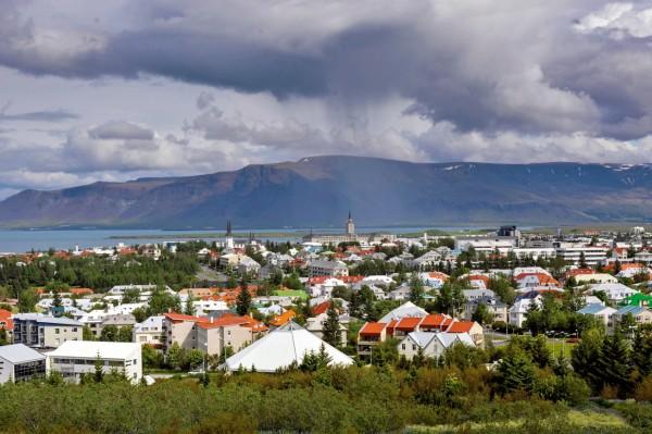 Yanardağlar Adası: İzlanda