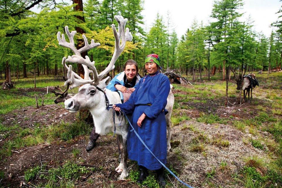 Moğolistan, Dukhalarla İki Ay