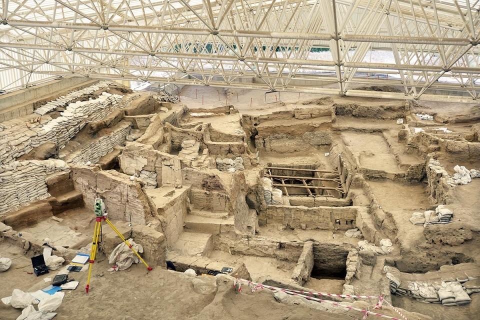 Çatalhöyük; Tarihe Tutulan Işık