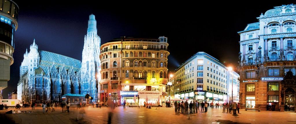 St. Stephanplatz meydan˝ (*) St. Stephanplatz square