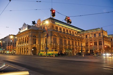 Cem Kozlu'yla Bir Günün Viyana'sı