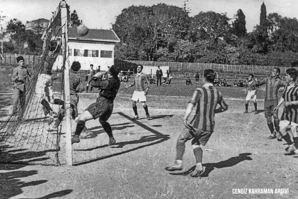 """Atlas Tarih'ten Özel Sayı; """"Spor Tarihimizde İlkler"""""""