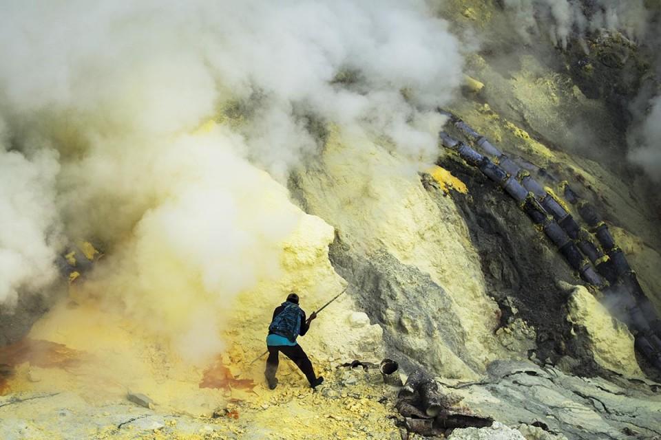 Ateş Taşının Peşinde; Kükürt / Cava Adası