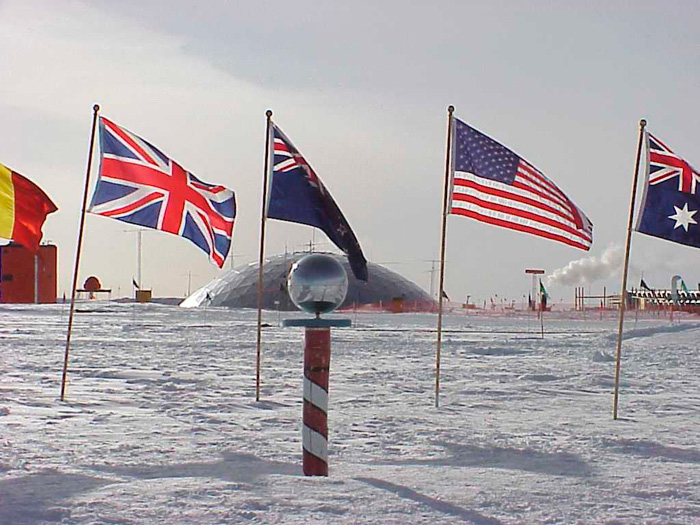 Sembolik Güney Kutup noktası