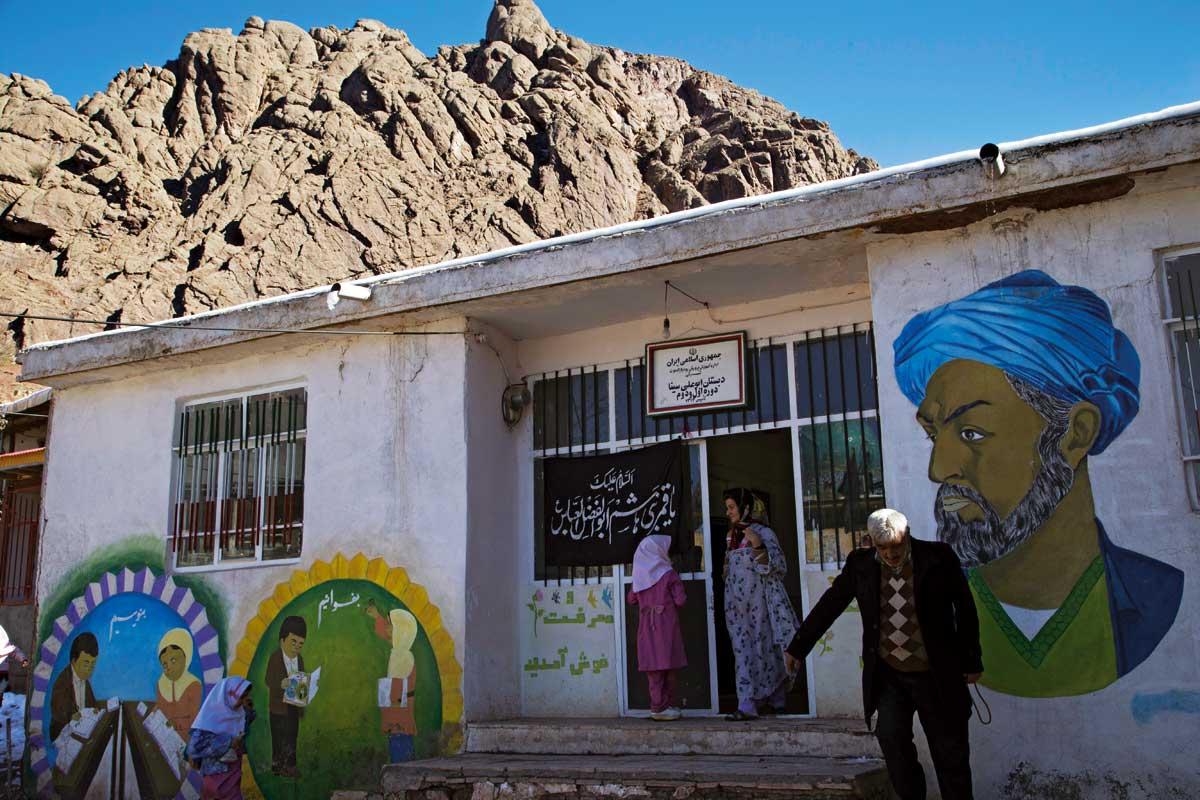 Hasan Sabbah'ın kalesi: Alamut / İran | Atlas | iran