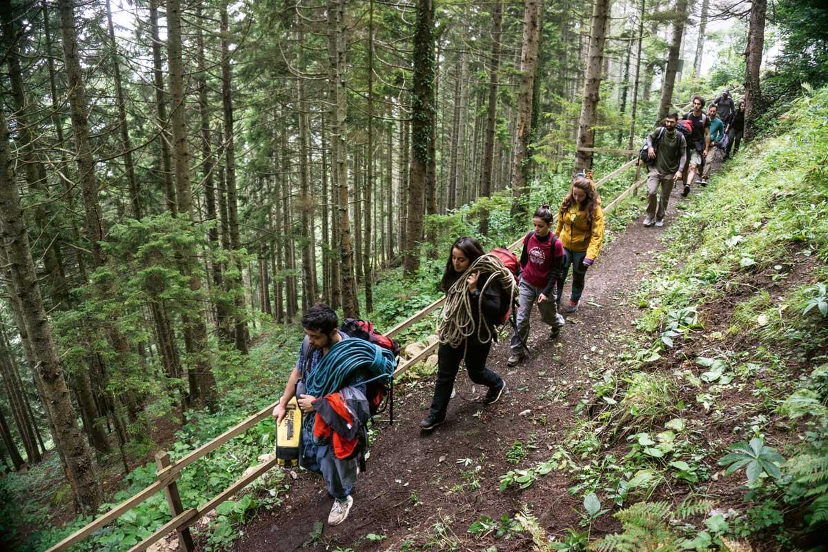 Trabzon Şahinkaya'da gökyüzüne tırmanış | Atlas | tırmanış