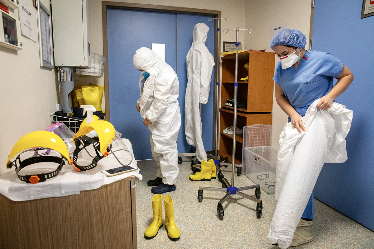 Pandemi hastanesinde bir gün | Atlas | Gündem