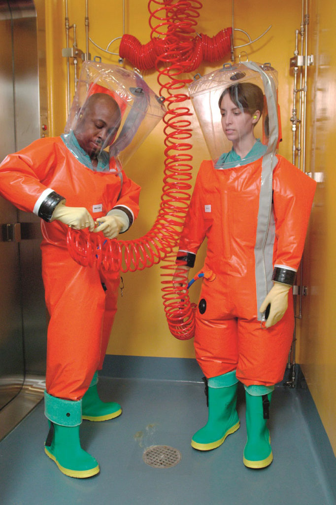 Yeni çağın kaşifleri: Virüs Avcıları | Atlas | pandemi